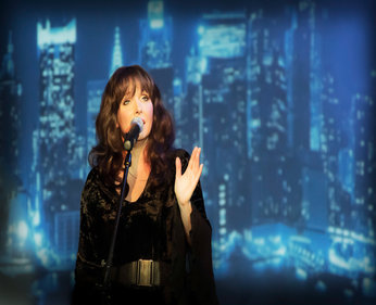 "Thursday 20th June 20197.30pmFull price: £22.00All prices include booking fees""If you missed seeing Kate herself, Cloudbusting are the next best thing!""  Simon Mayo, BBC Radio 2For more information see: www.cloudbustingkatebushtribute.com See the show trailer: https://youtu.be/rTfKe5Fy6O0"