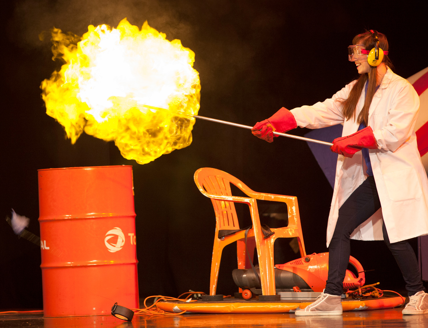 Wednesday 3rd April 201912.00pm & 3.30pmFull price: £17.00, Concessions: £15.50Family Ticket AvailableAll prices include booking feesWARNING!  WARNING! 100% Educational.  200% Entertaining. 300% Explosive. 400% Fun